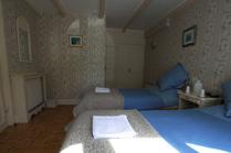 les glycines chambres d 39 h tes situ e au centre de huelgoat bretagne. Black Bedroom Furniture Sets. Home Design Ideas